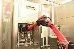 斯曼克磨粒流微孔抛光机实现自动化生产,并打破多项技术壁垒!